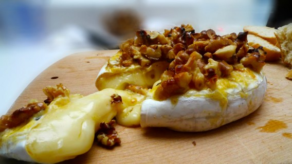 Broiled Brie and Walnuts